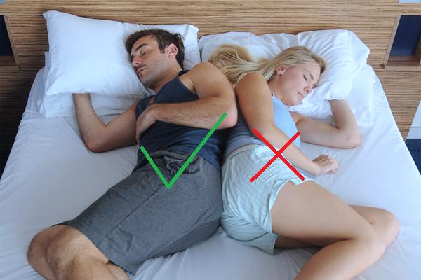 Voici pourquoi vous devriez dormir sur votre c t gauche - Methode pour faire dormir bebe dans son lit ...
